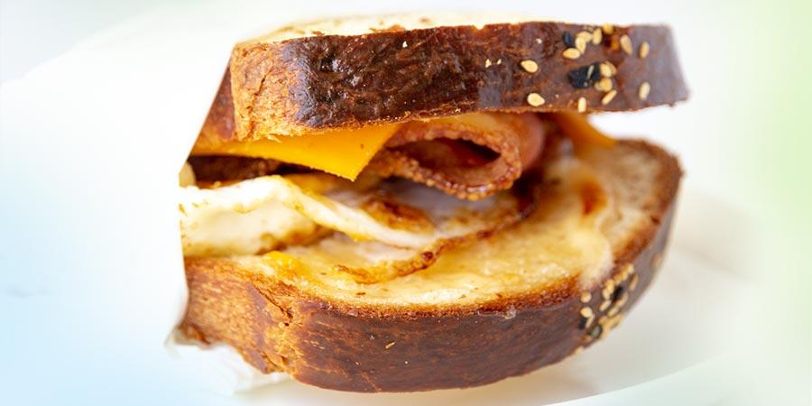 SandwichesHoriz_1_5640 Brekky Roll